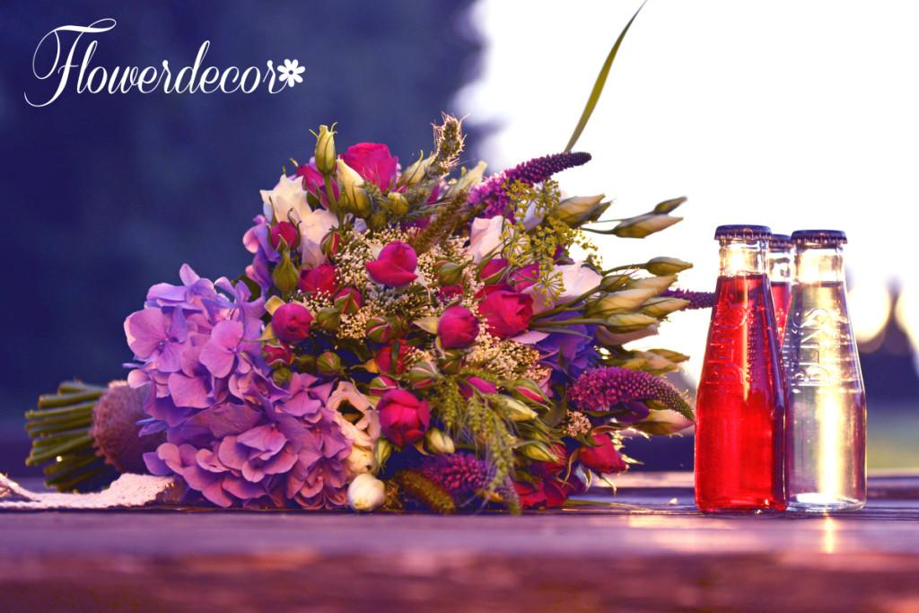 Květina a limonádky
